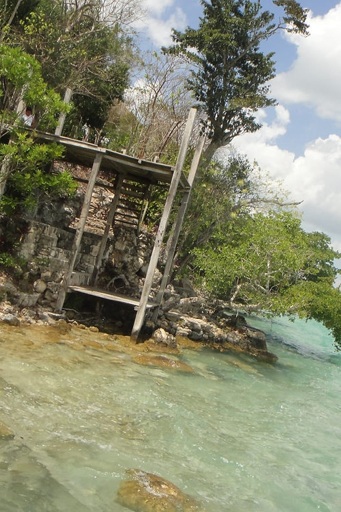 Land Bacalar, front of the Laguna, 5000 sqm. With property title.Ready for Hotel