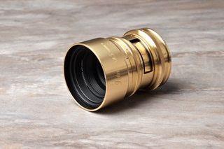 Lomography announces new lens The Petzval 80.5