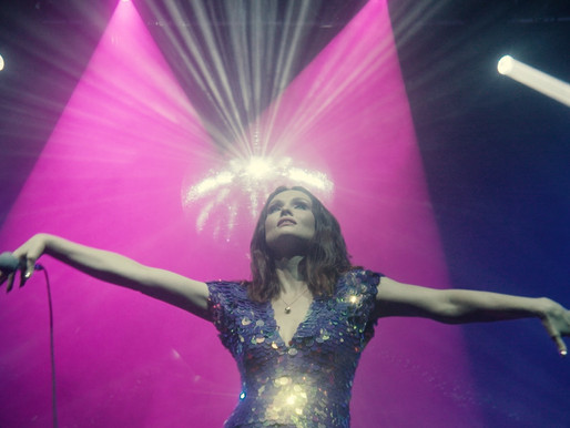SOPHIE ELLIS-BEXTOR SHARES VIDEO FOR 'CRYING AT THE DISCOTHEQUE'