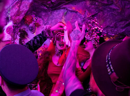 Going crazy at Mad Hatter's (Gin) & Tea Party in London