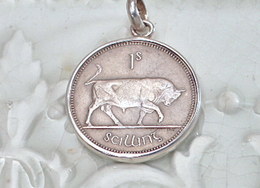 BC966 Large Bull Coin Pendant
