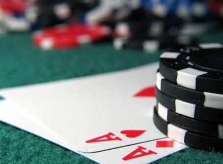 카지노에서 포커게임시 하지말아야 할 4가지의 플레이방식