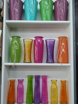 colored_vases