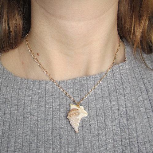 Shelove necklace