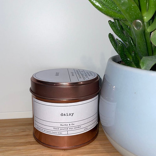 Daisy Wooden Wick Soy Wax Candle Vegan, Natural and Plastic Free