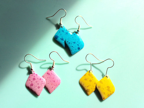 Anna Banana Earrings -Kite shape