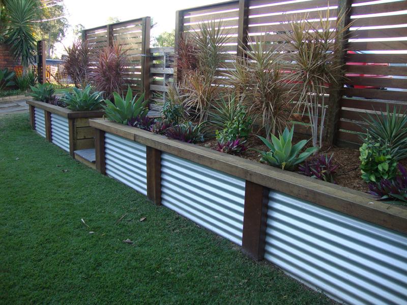 Timber & Steel Retaining Wall Ideas