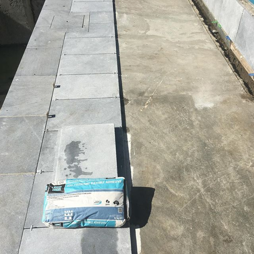 Bluestone pool paving