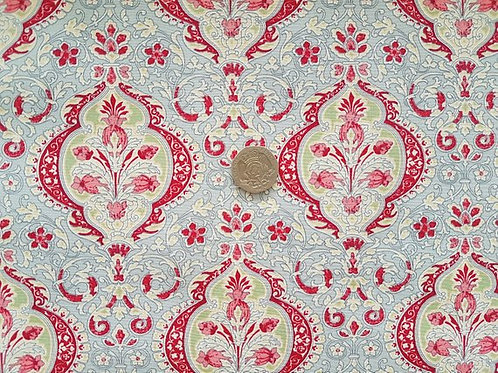 Rose & Hubble 100% Cotton Poplin Fabric - Thistle Floral design - Silver Grey -