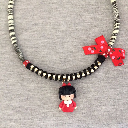 Mafalda Necklace (Red lace)