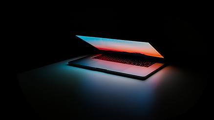 laptop klein.png