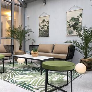 decoration-salon-de-jardin-style-vegetal.jpg