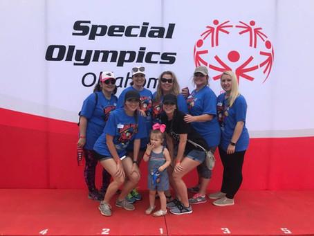 Qualgen Volunteers at Special Olympics Oklahoma Summer Games