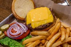 BURGERScheeseburger.jpg