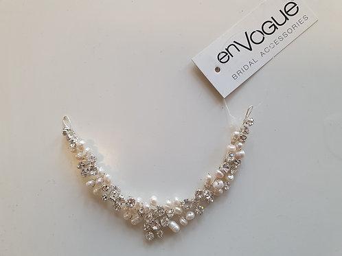 Pearl & Diamante Hair Accessory