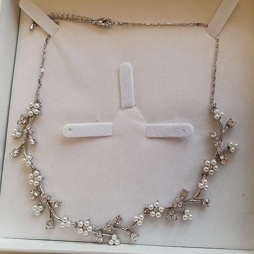 Pearl & Diamante Necklace