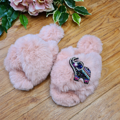 Fluffy Faux fur slippers with elephant