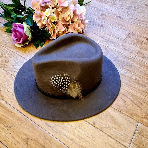 Grey 100 %wool felt fedora hat