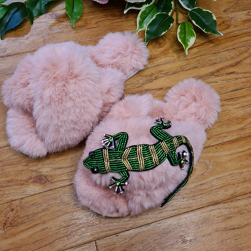 Fluffy Faux fur slippers with lizard