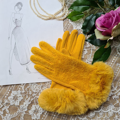 Yellow fur gloves One Size