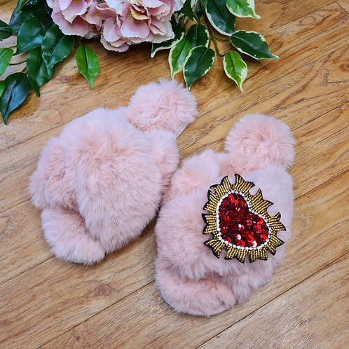 Fluffy Faux fur slippers Pink with ❤