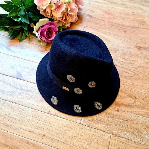 Italian 100% Wool Hat with Lips