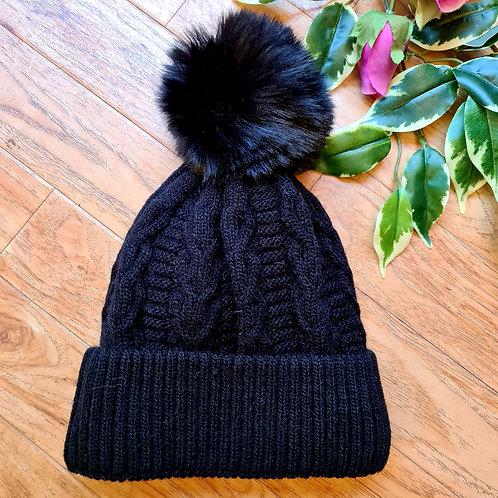 Pompom Hat with fur lining