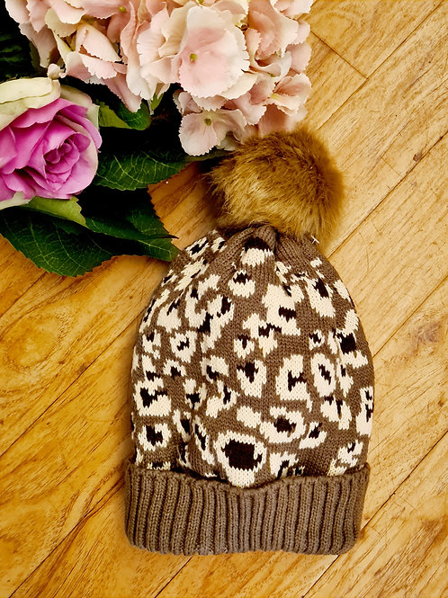 Animal print  pompom hat