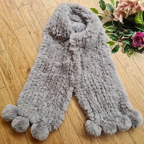 Fur shawl with pompom Light Grey