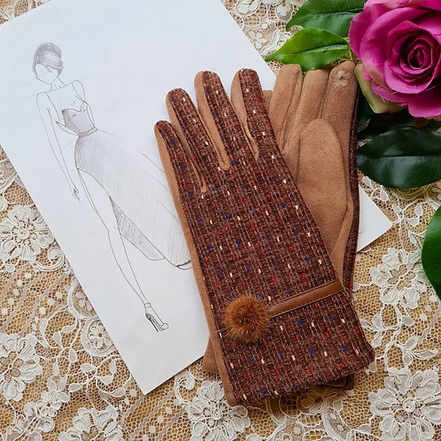 Brown gloves one size