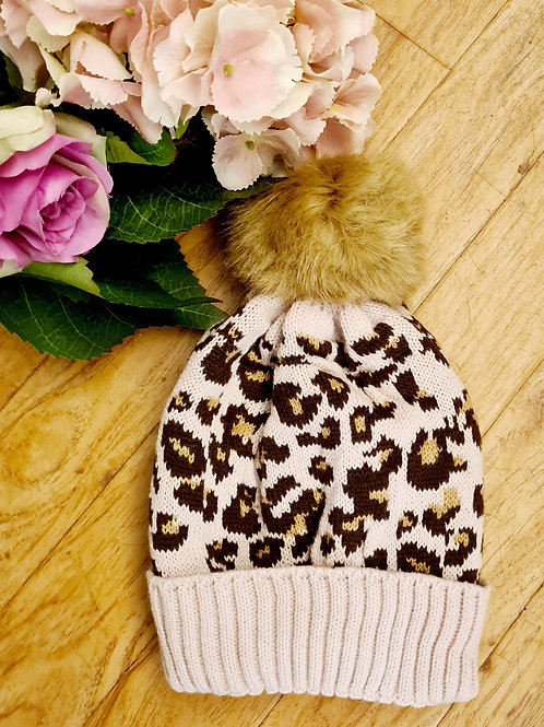 Animal printl pompom hat
