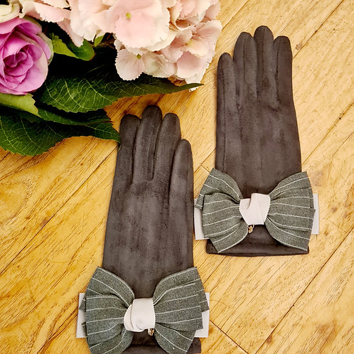 Grey gloves with bow  one size
