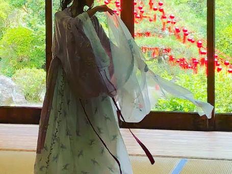 日本の奏 風を舞う