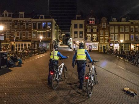 Rechter verbiedt avondklok in Nederland!