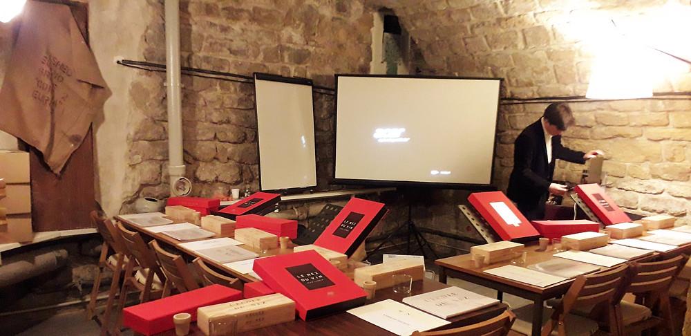 atelier sensoriel degustation de vin team building formation seminaire ecole du nez paris jean lenoir