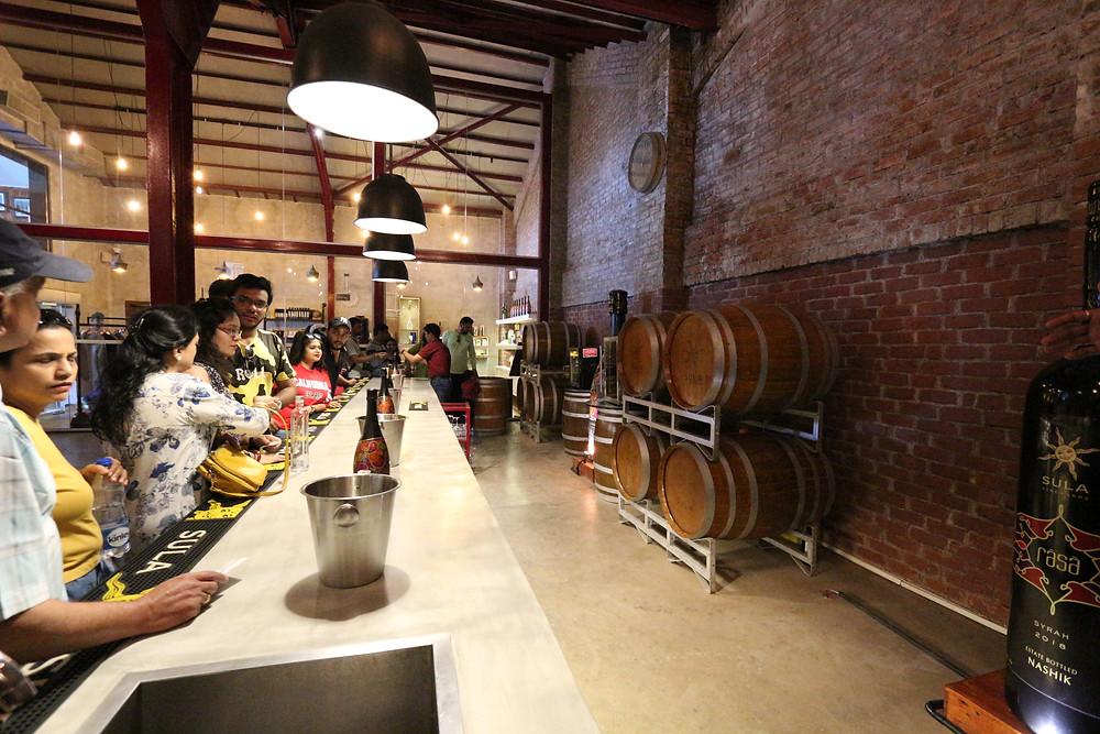 vin indien, Indian wine, India, Nashik, Sula vineyards, vignobles de Sula, dégustation de vins et visite touristique oenologique, wine tasting, wine tourisme, seminar and visit