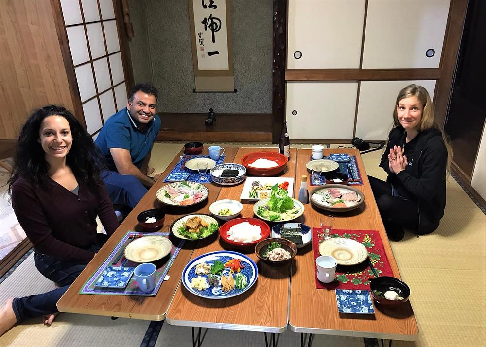Beppu Japon retraite spirituelle meditation pour seminaire et formation autour du bien-être gestion de stress energie et resilience repas traditionnel