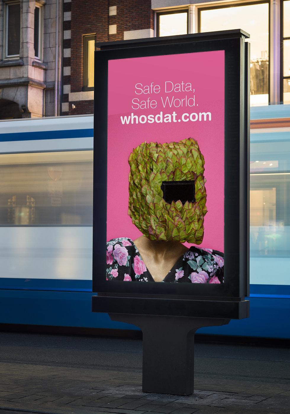 Figure with leaves helmet - ad