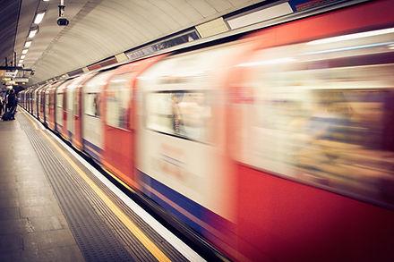 רכבת תחתית.jpg
