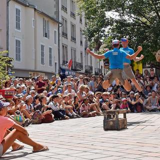 theatrederue2018-theatre-de-rue-eclat-au