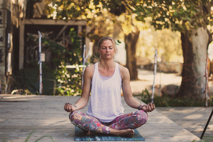 Yoga I Portrait I Cemera Photography