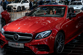 Roter Mercedes I Autoshow I Cemera Photography