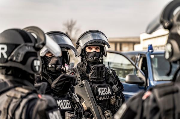 Einsatzbesprechung I Polizeifotos I Cemera Photography