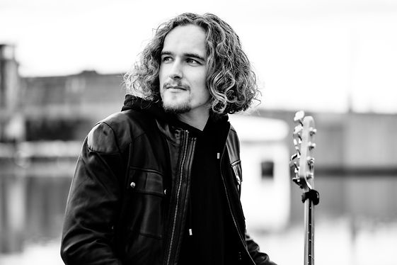 Andreas Oxholm profile picture artist bio