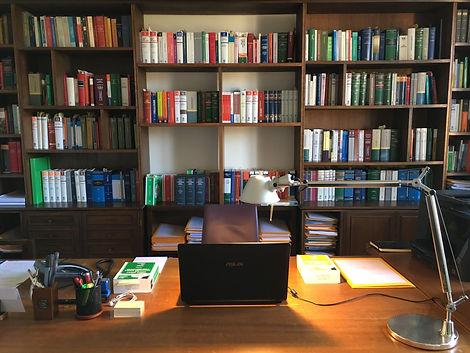 Lo studio dell'avvocato Sartschi