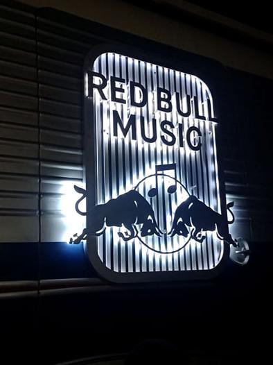 Redbull music tour bus (15).jpg