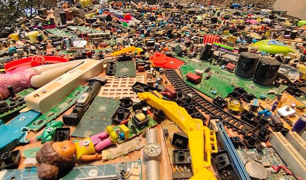 WPP e-waste art (7).jpg