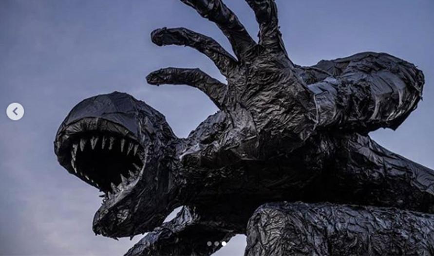Plastic monster (3).jpg