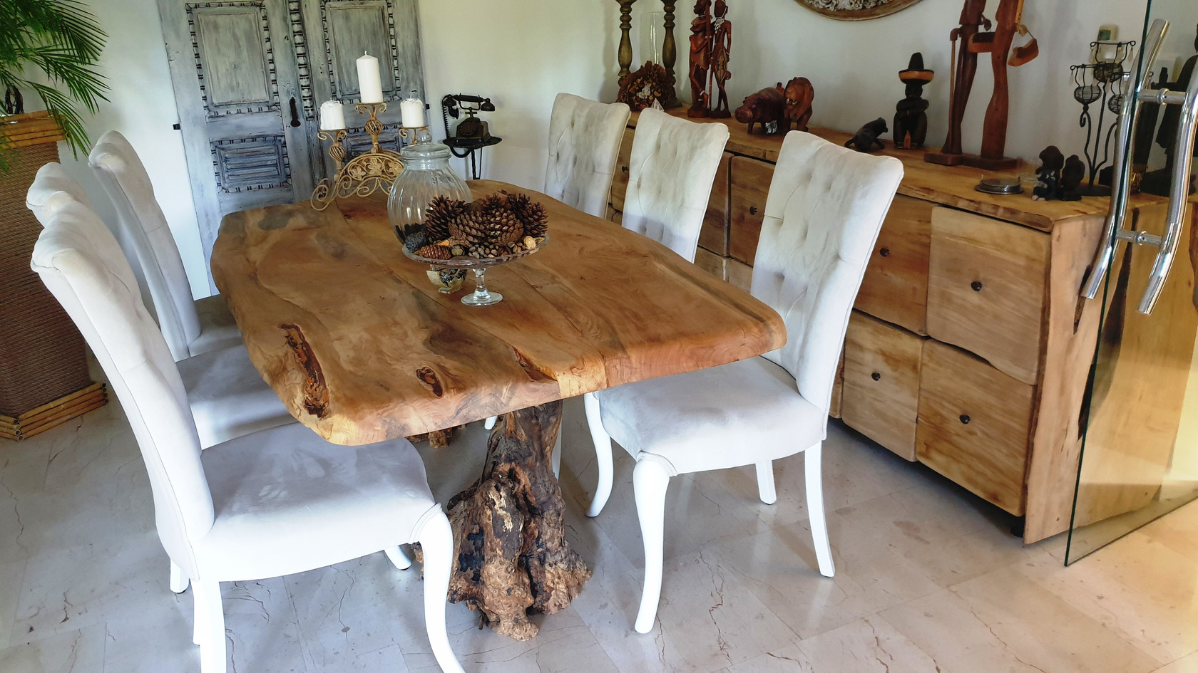 Full nature wood Dining Table from Rosewood and an Olivetree Foot
