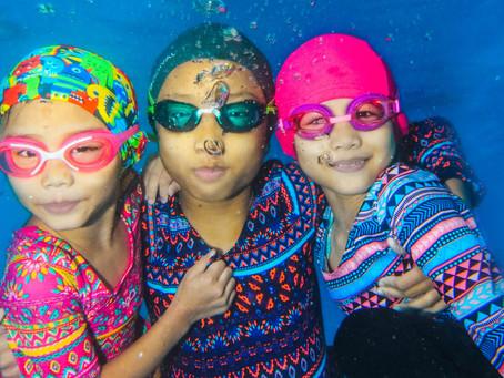Kolam yang wajib pakai swimsuit ni tak 'islamik' la!